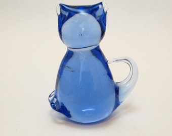 Vintage 1990s Fine Blue Lead Crystal Cat or Kitten Figurine Great Gift Item Nice Paperweight