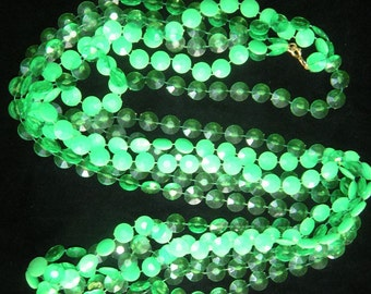 SALE! Vintage 3 Strand Plastic Green Disc Necklace from the '60's
