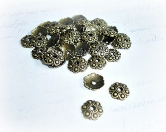 6 Antique Bronze Flower Bead Cap 13 mm