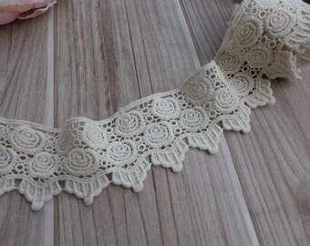 Cream Beige Cotton Lace Trim, Antique Crochet Lace Fabric Trim, Scalloped Edge and Rose Trim for Costumes