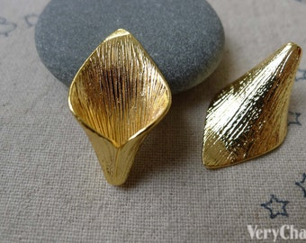 6 pcs Anti Tarnish 16K Gold Plated Brass Calla Lily Flower Bead Caps 15x26mm A7129