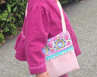 Little girls purse . Toddler purse . Handbag . Carry All