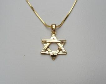 "Classic plain ""Magen David"" Pendant with stripes from HolyLand Jerusalem"