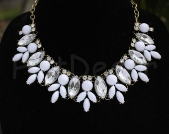 White necklace Statement Necklace Silver chian or Gold chain Bib necklace Bridal jewelry for women Rhinestone necklace holiday necklace