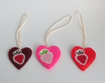 Heart shaped felt gift tags with strawberry motif