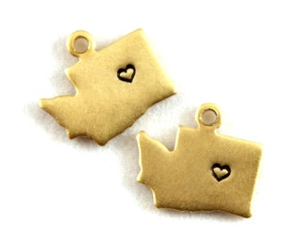 2x Brass Washington State Charms w/ Hearts - M073/H-WA