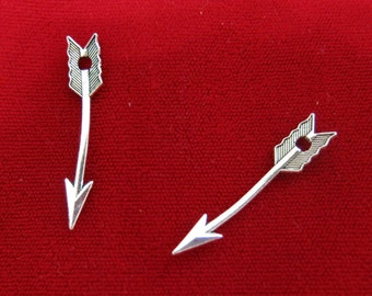 """10pc """"arrow"""" charms in antique style silver (BC370)"""