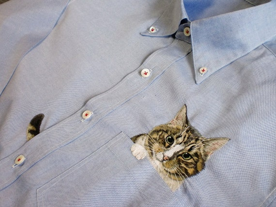 hand embroidered cat in the pocket on blue cotton oxford shirt for men