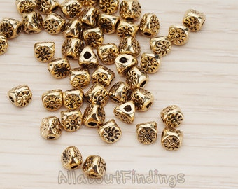 BDS950-AG // Glossy Antique Gold Plated Oriental Triangle Shapted Metal Bead, 4 Pc