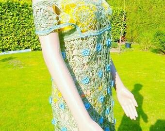 Khaki flowery dress in hook