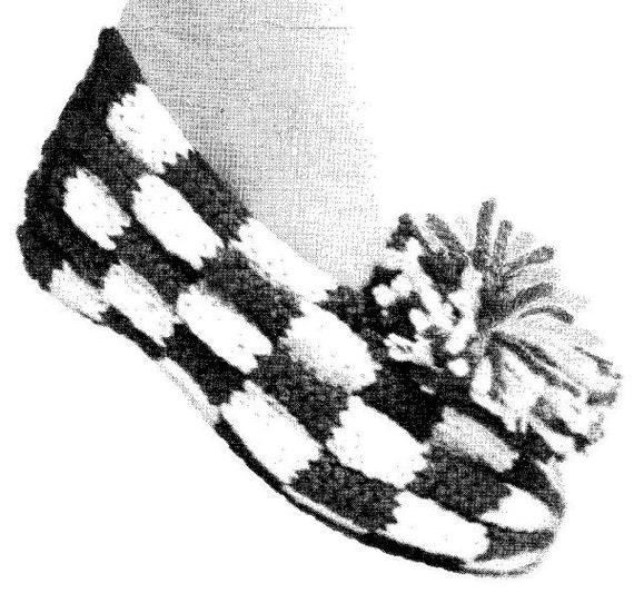 Knitting Pattern For Checkerboard Slippers : Checkerboard Slippers Small Medium Large Vintage by MerrittsCloset