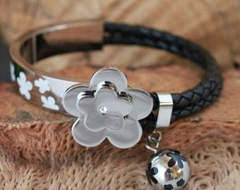 "LEATHER & STAINLESS Enameled Bracelet,Gorgeous ! Like Folli Follie "" Flowerball "" Charm"