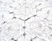 Large Oval Vintage Madeira Cut Work Lace Embroidered Banquet Tablecloth White Ecru