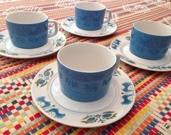 Set of 4 Mikasa vintage cups and saucers