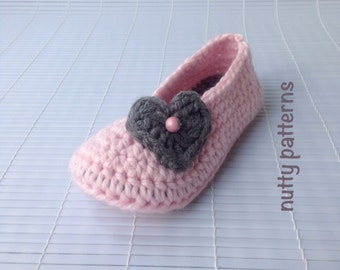 Crochet Pattern * Lovely Slippers for Girls * Instant Download Pattern #455 * Double Sole * Child, youth sizes * Valentine's gift *fast&easy