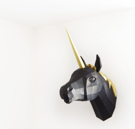 Papercraft Unicorn PREMIUM Gold / Black