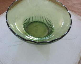 30% OFF Sale!  E O Brody 1960s Green Glass Bowl