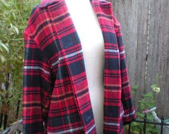 Scottish Plaid Tartan Jacket Vintage Liz & Co. size small Red, Navy, Blue, Yellow, White.