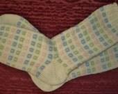 Box's with a Twist toe-up socks Pattern PDF