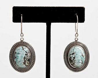 Turquoise 092 - Earrings - Sterling Silver & Turquoise