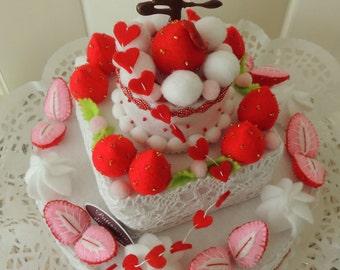 Felt Food, Felt Layer Cake, Birthday Cake, Felt Strawberries, pretend play, Shabby Chic Birthday Gift Party Table Home Decor Decoration
