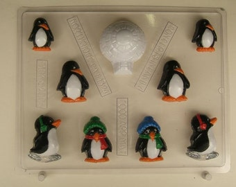 Small penguin assortment with igloo C183