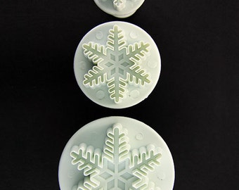 Snowflake Pattern Clay Cutters (Pkg of 3) By Lisa Pavelka  (MC1904)