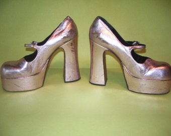 Vintage Platform Mary Jane 70's Shoes Pink Metallic Leather Made In Italy Romea 5 1/4 Heel size  38 1/2