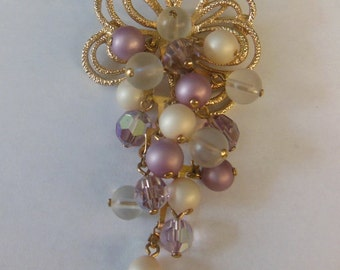 Vintage Faux Pearl Purple Iridescent Bead Gold Tone Brooch Pin