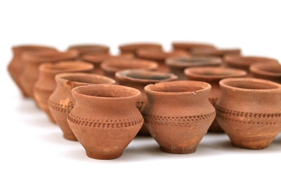 vintage set of 5 terracotta mexican mini pots bud flower. Black Bedroom Furniture Sets. Home Design Ideas