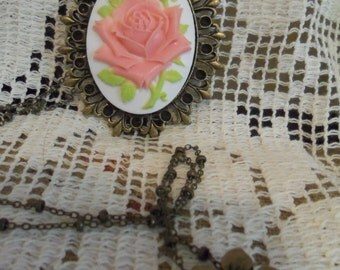 Shabby chic Rose Necklace