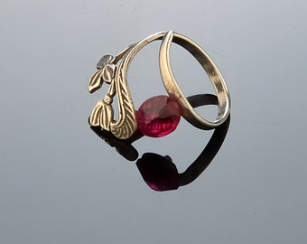 Jewelry Ring Sterling silver ring  Adjustable dimension ring Red glass ring