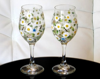 Set of 2 Hand Painted Wine Glasses White Daisy Forget-me-not Flowers Bees Hand Painted Glassware Stemware Painted Glass Custom Personalized
