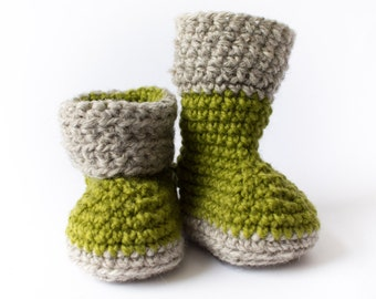 Crochet baby booties, wool baby booties, baby booties with cuffs, handmade, green and gray, 0-3 months, 3-6 months, 6-12 months