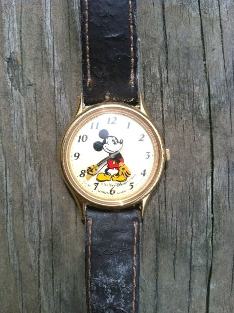 Rare Lorus Vintage 1980s Mickey Mouse Watch Water Resistant