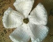 Knitted Flower Brooch, Knitted White Flower, Knitted Dogwood Flower Pin