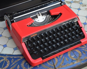 Custom made - Working Typewriter - Red brother 220 deluxe - Working Perfectly