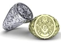 Masonic ring in solid 10K gold