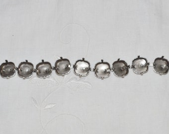 Antique Silver Plated Bracelet Jewelry Setting for Swarovski Crystal Elements 4470 12mm Cushion Cut