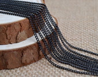 16ft of 2.7x2mm Oval Link Black Cable Chain,Iron Cross Chain,Black Small Chains,Open Link Twisted Chains-Uonnsoldered,Nickel and Lead Free