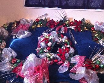 Festive and Fun Christmas garland/swag!