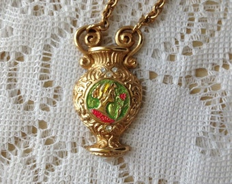 Giovanni Torlonia vintage necklace of Lady and a rose in gold and pearl attached