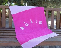 Baby girl shower gift, personalized towel, hot pink bath towel, kids personalized beach towel, fabric applique name towel, baby girl towel