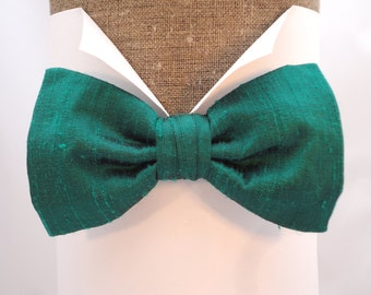 "Bow tie in emerald green 'Dupion Silk', pre tied or self tie will fit neck size up to 20"" (50cms)"