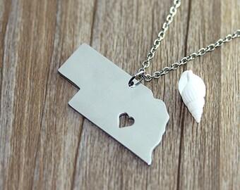 I heart Nebraska Necklace - Nebraska  Map Pendant - State Necklace - State Charm - Map necklace - Map Jewelry