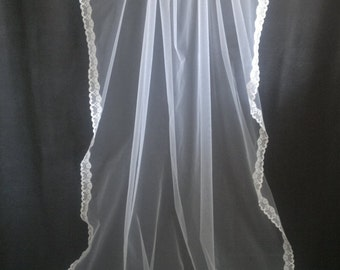 Cathedral Veil, Mantilla Veil, White