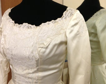 1960s vintage wedding gown with no train