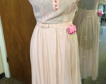 Late 1950s vintage cotton rosy pink belted dress