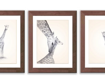 Giraffe Nursery Art - Giraffe Nursery Decor - Gray Nursery Art Prints - Watercolor Giraffe Art - Giraffe Paintings - S012B