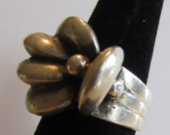 Very Unusual Sterling Silver Ladies Ring  Adjustable from 7